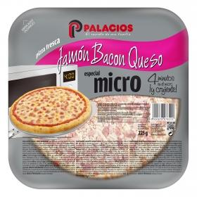 Pizza de jamón, bacon y queso