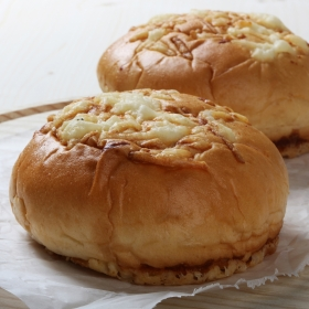 Pan de hamburguesa con queso