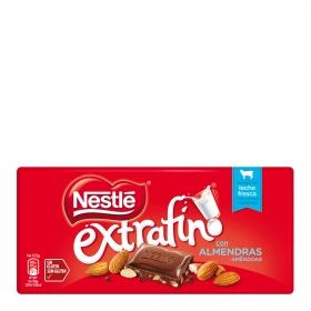 Chocolate con leche extrafino con almendras Nestlé sin gluten 123 g.