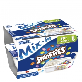 Yogur  Mix-In Smarties sabor vainilla