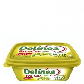 Margarina Delínea con aceite de oliva virgen extra 240 g.
