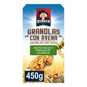 Cereales de avena con frutos secos y semillas de calabaza