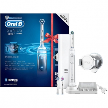 Cepillo Dental Eléctrico Oral-B Pro 8200