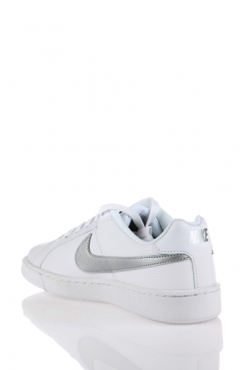 749867 100 Court Royale  Sneaker Nike