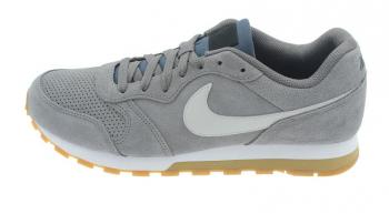 new product b2cdd ce40c Zapatilla Moda Hombre Nike Md Runner 2 Suede. Grisnegro. Aq9211