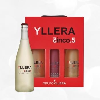 Lote 96. Estuche de 2 botellas de frizzante blanco verdejo Yllera 5.5 75 cl. + 1 botella frizzante rosado Yllera 5.5 Rose 75 cl.