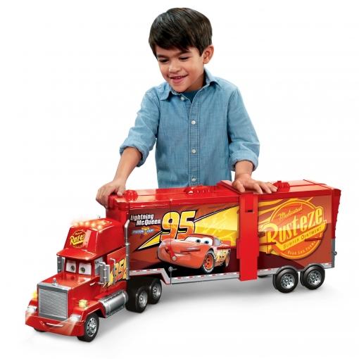 Cars 3 upermega mack cami n y coches de juguete las mejores ofertas de carrefour - Cars camion mack ...