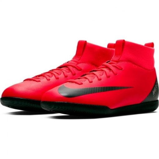 22f1885fdb3e8 Botas De Fútbol Sala Nike Cr7 Mercurial Superfly 6 Academy Suela Lisa Roja   Plata Niño