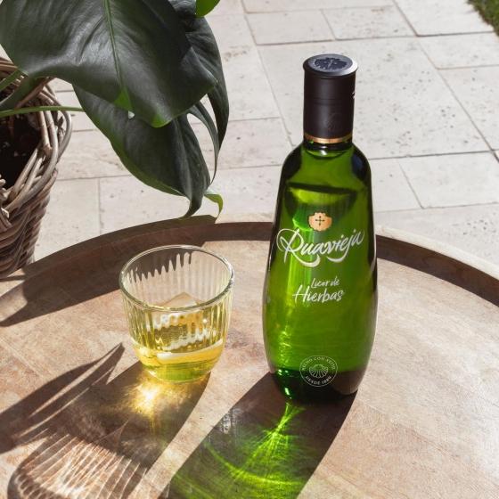 Licor de hierbas Ruavieja 1 l. - 1