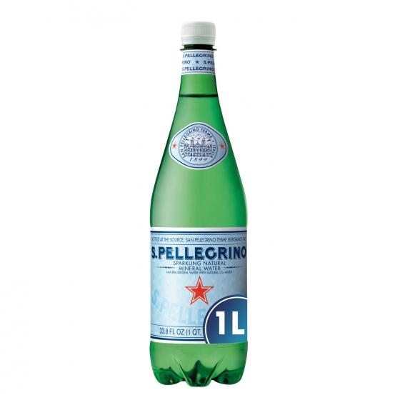 Agua mineral con gas San Pellegrino natural 1 l.