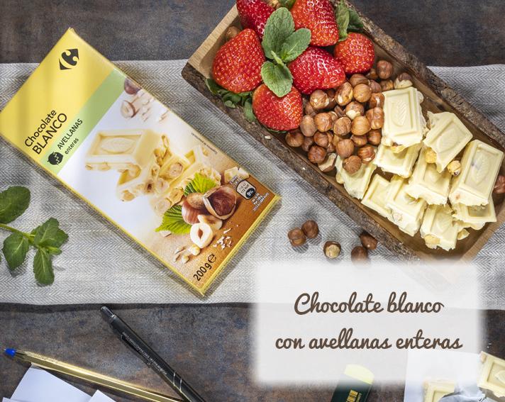 Chocolate blanco con avellanas enteras