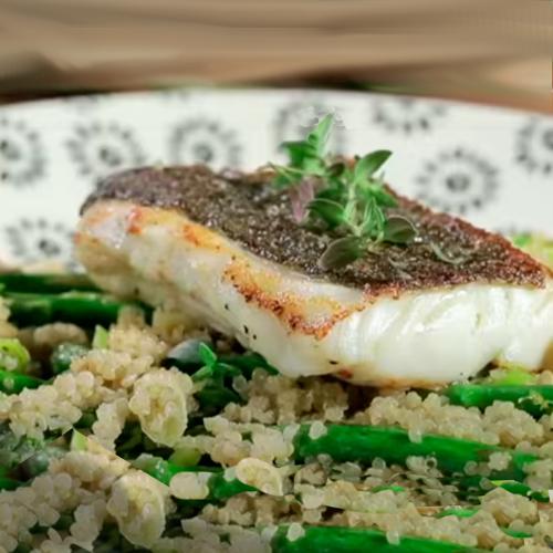 bacalao con quinoa y esparragos