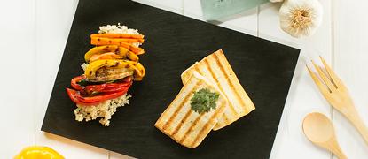 Quinoa y verduras con tofu a la plancha